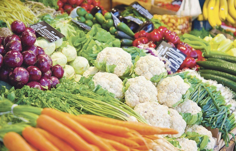 Gemüse am Marktstand, Thema: Lebensmittelsicherheit